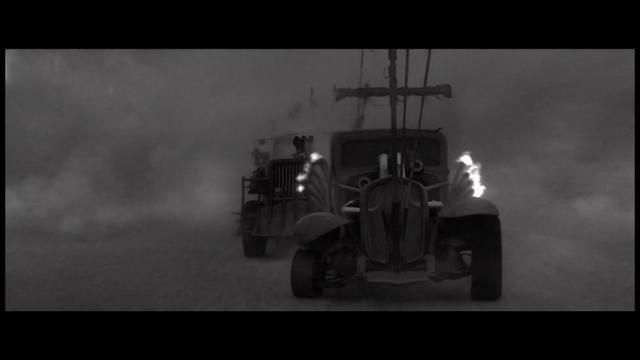 画像: ブルーレイ『マッドマックス 怒りのデス・ロード <ブラック&クローム>エディション』Storm 2月8日リリース youtu.be