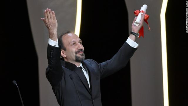 画像: Oscar nominee Asghar Farhadi may be kept from ceremony by Trump ban