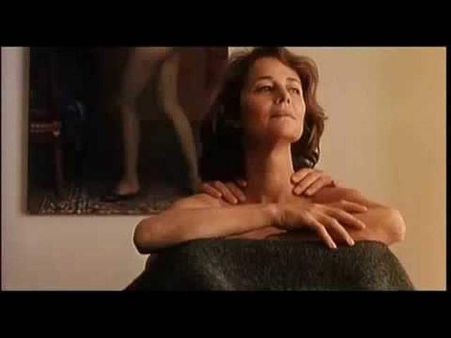 画像: Sous le sable (2000) Trailer - Charlotte Rampling, Bruno Cremer youtu.be
