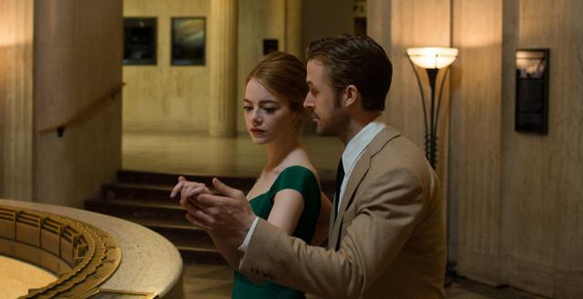 画像11: © 2017 Summit Entertainment, LLC. All Rights Reserved. Photo credit:  EW0001: Sebastian (Ryan Gosling) and Mia (Emma Stone) in LA LA LAND.Photo courtesy of Lionsgate.