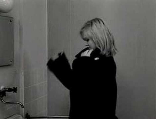 画像: Lásky jedné plavovlásky (A Blonde In Love) / Milos Forman youtu.be