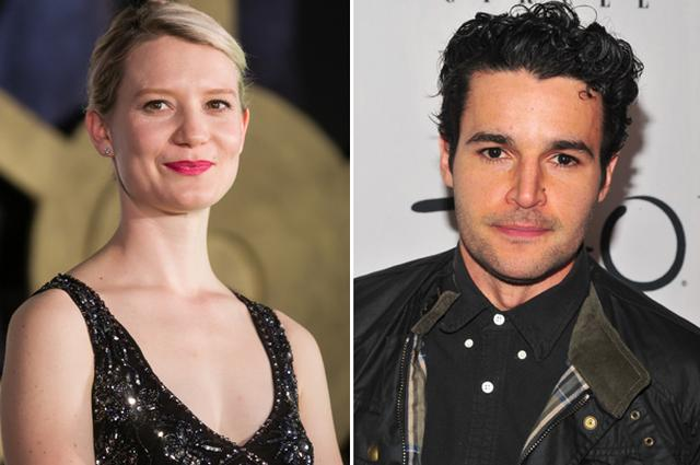 画像: Mia Wasikowska and Christopher Abbott Starring in Nicolas Pesce's Upcoming Thriller 'Piercing'
