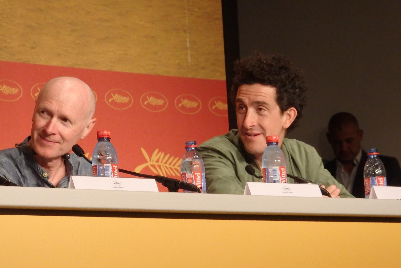 画像: 左から脚本家のポール・ラヴァティと撮影監督のロビー・ライアン Photo by Yoko KIKKA