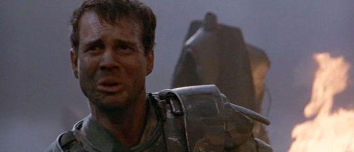 画像: Aliens and Titanic Star Bill Paxton Dead at 61