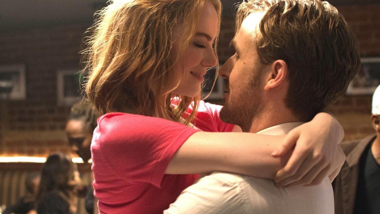 画像: 『ラ・ラ・ランド』愛が深まる時、デュエットで歌う「City Of Stars」映像 youtu.be
