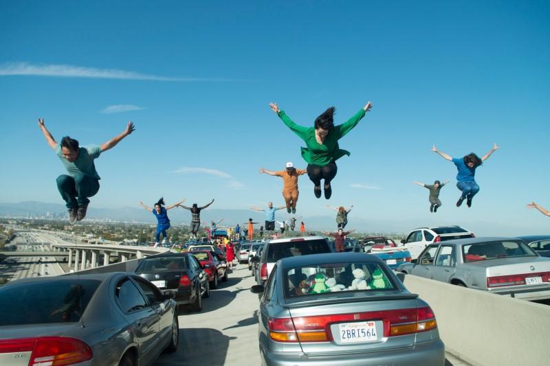 画像: Watch Damien Chazelle's iPhone-Shot Rehearsal for the Opening Number of 'La La Land'