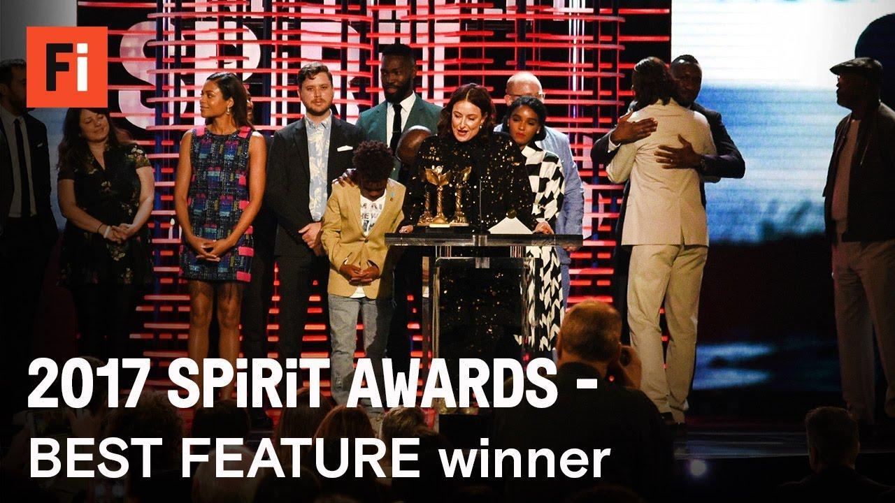 画像: MOONLIGHT wins Best Feature at the 2017 Film Independent Spirit Awards youtu.be