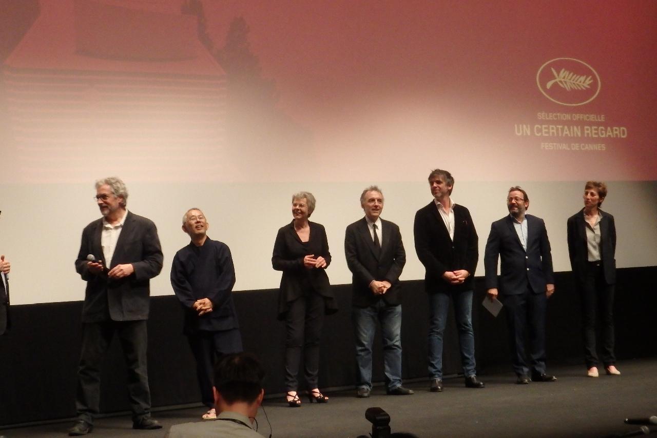 画像: 『レッドタートル』の舞台挨拶:左からマイケル監督、鈴木プロデューサー、パスカル・フェラン Photo by Yoko KIKKA