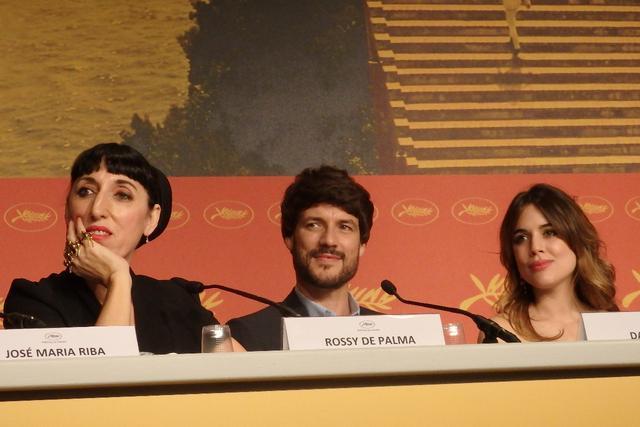 画像: 左からロッシ・デ・パルマ、ダニエル・グラゴ、アドリアーナ・ウガルテ Photo by Yoko KIKKA