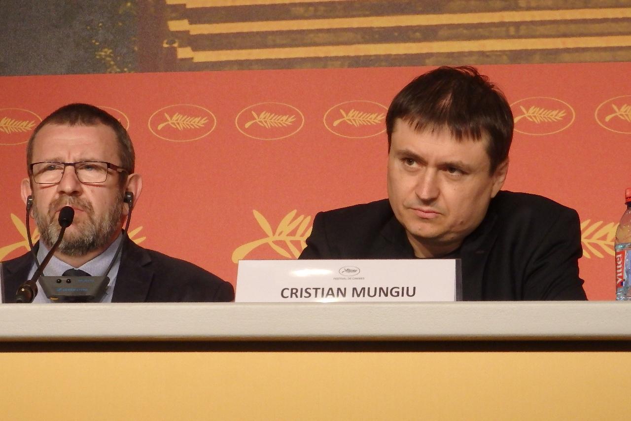 画像: 左からアドリアン・ティティエニ、クリスティアン・ムンジウ監督 Photo by Yoko KIKKA