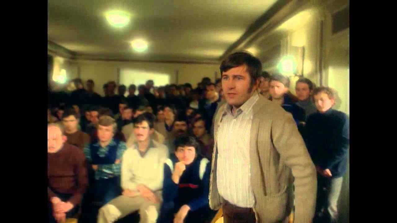 画像: Człowiek z żelaza (1981) - zwiastun [HD 720p] youtu.be
