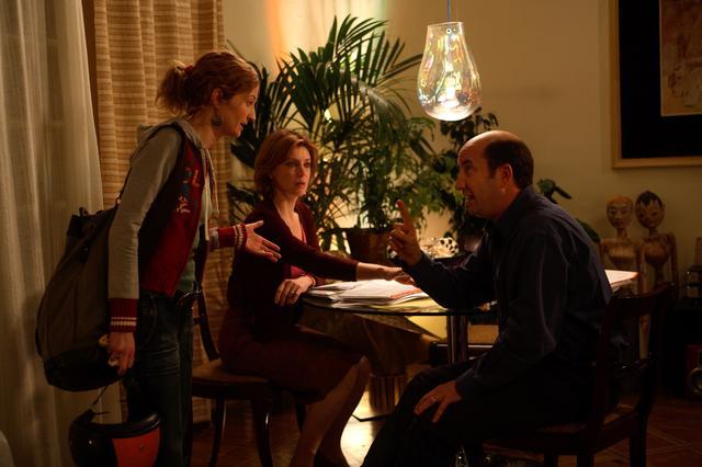 画像2: イタリアを代表する俳優ふたりの演じる中年夫婦の機微を『ベニスで恋して』『風の痛み』のソルディーニ監督が見事に演出。