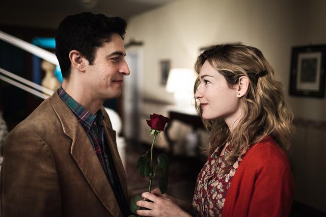 画像2: 舞台はマフィアで知られるシチリアのパレルモ、1970年代。アルトゥーロは子供のころからひたすらフローラに憧れていたが、恋心を打ち明けられない・・・。