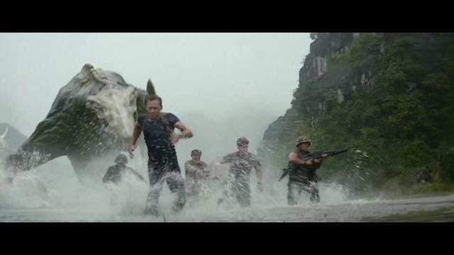 画像: 怪獣戦争勃発!特別映像!『キングコング:髑髏島の巨神』 youtu.be
