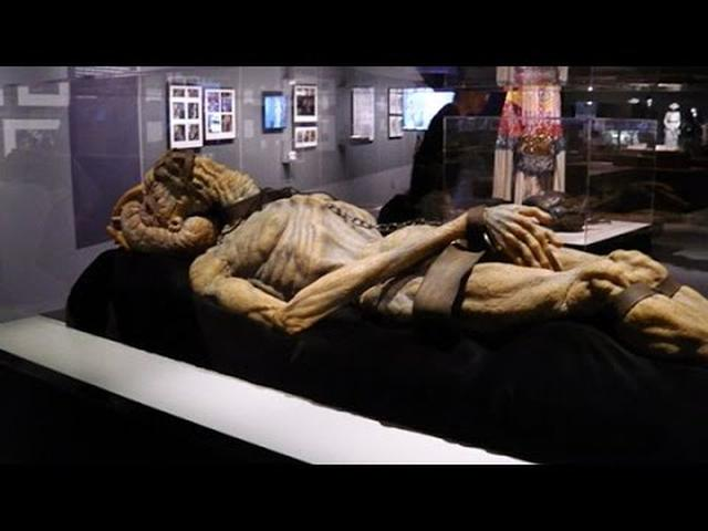 画像: David Cronenberg - The Exhibition youtu.be