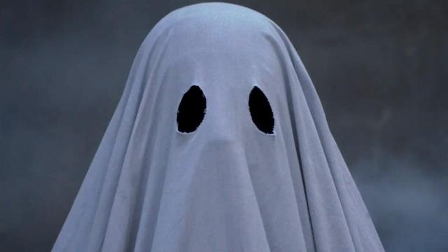 画像: A GHOST STORY | Official Trailer HD | 2017 | Rooney Mara, Casey Affleck youtu.be