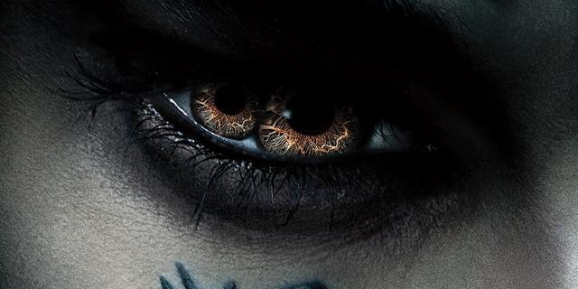 画像: The Mummy Is Watching in New Poster