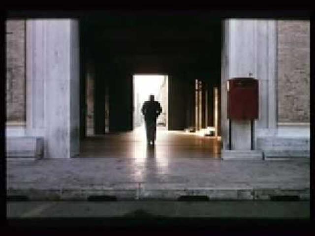 画像: The Belly of an Architect (1987) | Peter Greenaway youtu.be