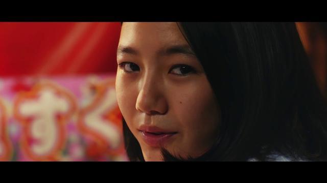 画像: サンダンス映画祭 短編部門グランプリ受賞作『そうして私たちはプールに金魚を、』予告 youtu.be