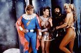 画像: 1974年の1作目のヒットによって1990年に製作された続編であるSFコメディ・ポルノ『フレッシュ・ゴードン2』