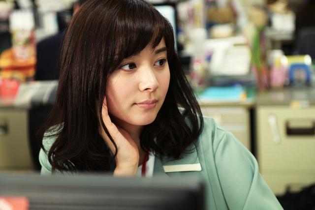 画像2: 主演を務め、本作で映画初主演となる女優・松岡茉優