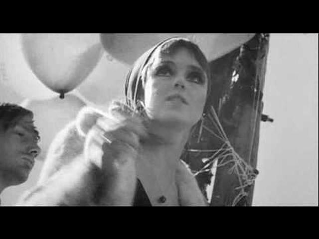 画像: Femme Fatale -The Velvet Underground (Edie Sedgwick ) youtu.be