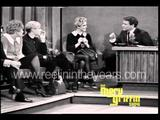 画像: Andy Warhol & Edie Sedgwick Interview (Merv Griffin Show 1965) youtu.be