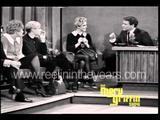 画像: Andy Warhol & Edie Sedgwick Interview (Merv Griffin Show 1965) youtu.be