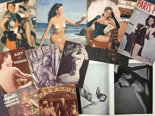画像: 上の3冊は大判ヌード雑誌『PARIS HOLLYWOOD』は中央の見開きページのヌードイラストにパラフィン紙がかけられそこに描かれた服で下のヌードが隠れるというギミックが人気だった