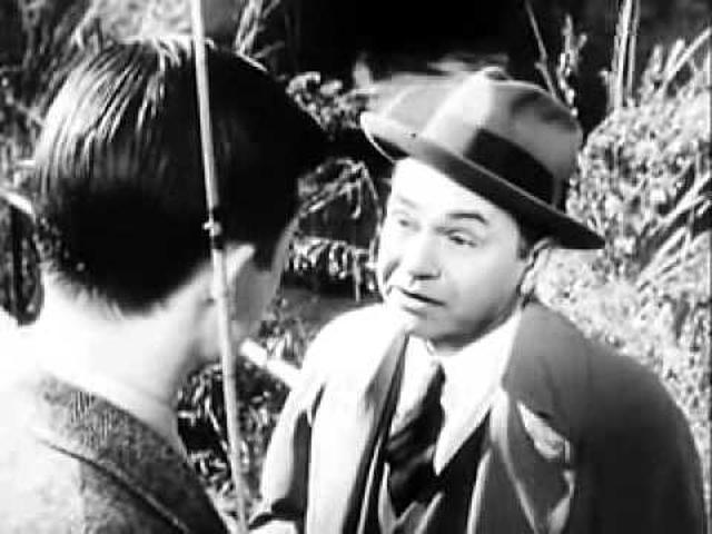 画像: Orson Welles' The Stranger (1946) - Trailer youtu.be