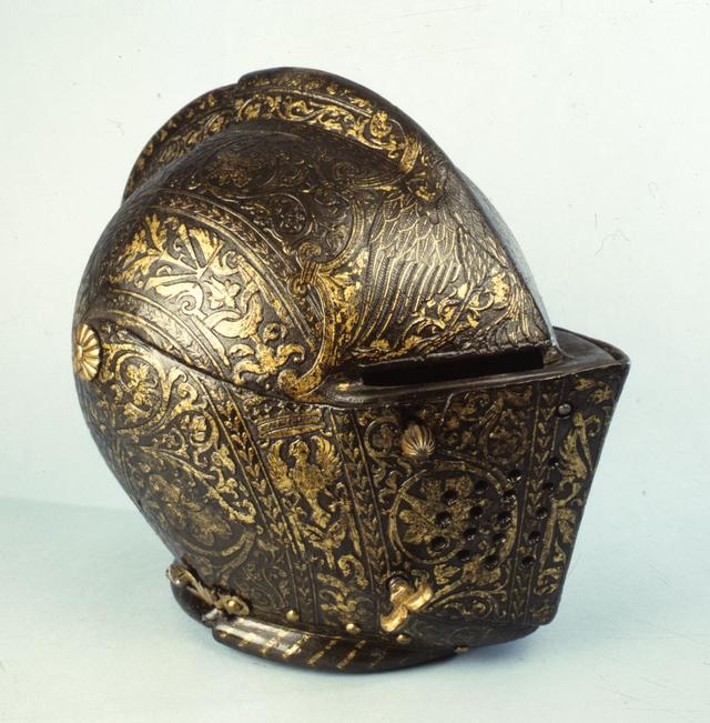 画像: ポンペオ・デッラ・カーザに帰属《ヴィンチェンツォ1世・ゴンザーガの冑》1584年頃トリノ王立兵器博物館 © Musei Reali di Torino - Armeria Reale