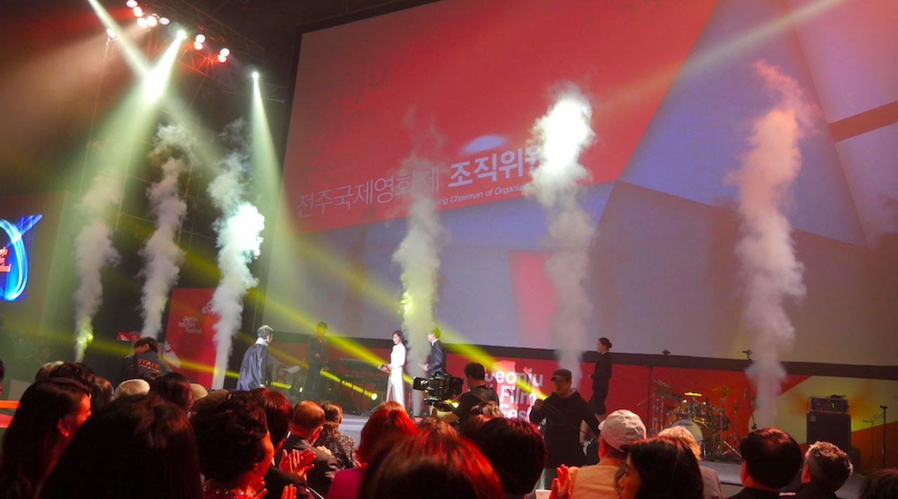 画像3: 萩原利久 小川紗良主演『イノセント 15』全州国際映画祭レポート到着!甲斐博和監督は、今後、日韓合同合作も見据えると--