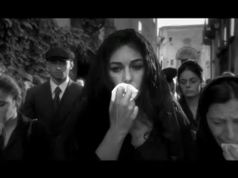 画像: Dolce & Gabbana Classic Spot by Giuseppe Tornatore featuring Monica Bellucci - 2003 youtu.be