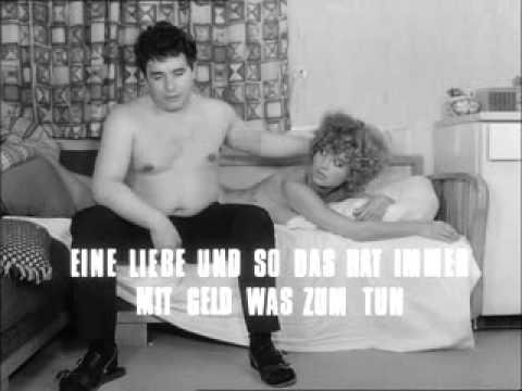 """画像: """"Katzelmacher"""" 1969 Trailer """"Rainer Werner Fassbinder"""" youtu.be"""