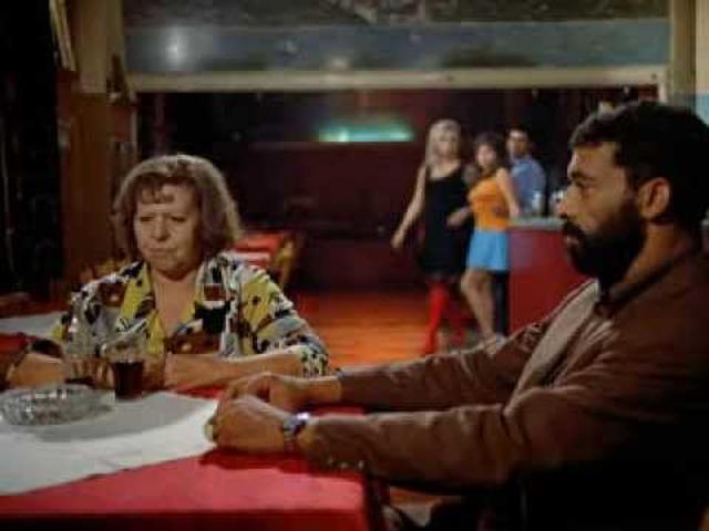 画像: Brigitte Mira and El Hedi ben Salem in 'Angst essen Seele auf' ('Ali: Fear Eats the Soul') youtu.be