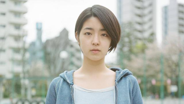 画像1: 若いレズビアンカップルの心の変遷を描いた青春ドラマ、『Starting Over』!