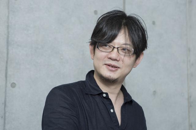 画像: 松枝佳紀 まつがえよしのり:脚本家、演出家。アクターズ・ヴィジョン代表。1969年5月12日東京生まれ。京都大学経済学部卒業後、日本銀行に入行。日本経済に関する調査研究に携わる。退職し劇団活動をしていたところ、映画監督の那須博之にスカウトされ東映東京撮影所で働くようになる。那須と企画開発をしていた楳図かずお原作漫画の映画化でデビュー。その映画で監督をつとめた金子修介と「デスノート」なども手掛ける。伝説のプロデューサー荒戸源次郎と晩年を共にし、近年は俳優教育に重きを置いている。