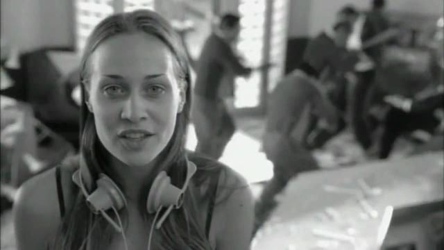 画像: Fiona Apple - Across the Universe Music Video [HD] youtu.be