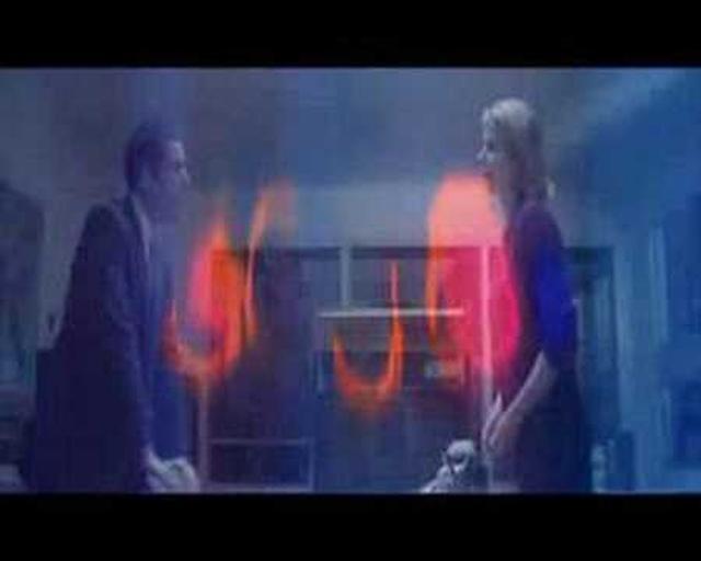 画像: Punch-Drunk Love Trailer youtu.be