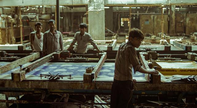 画像: 機械 MACHINES 監督:ラフル・ジェイン Rahul Jain インド、ドイツ、フィンランド/2016/75 分