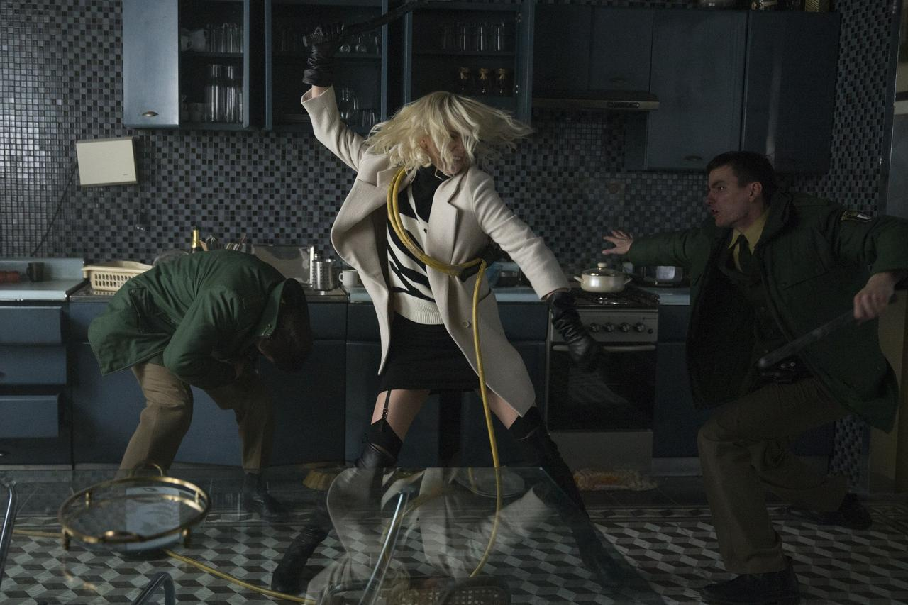 画像2: 史上最強の女スパイにして超絶スタイリッシュムービー!シャーリーズ・セロン主演『アトミック・ブロンド』場面写真到着!