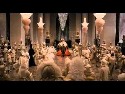 画像: 映画『白雪姫と鏡の女王』予告編 youtu.be