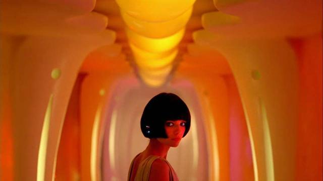 画像: ウォン・カーウァイ監督が2007年にオランダの企業のために制作した近未来を舞台にした詩的な短編映画『There's Only One Sun』 - シネフィル - 映画好きによる映画好きのためのWebマガジン