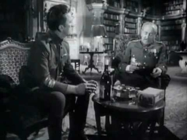 画像: 「突撃」Paths of Glory (1957年米) youtu.be