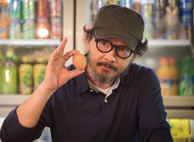 画像: 「地元産の卵」場面