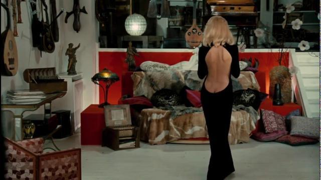 画像: Le Grand Blond avec une chaussure noire (1972) : C'est magnifique youtu.be