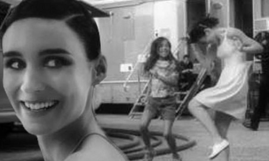 画像: She couldn't be further from Lisbeth now! Rooney Mara is seen giggling and dancing around in artistic new Calvin Klein advert