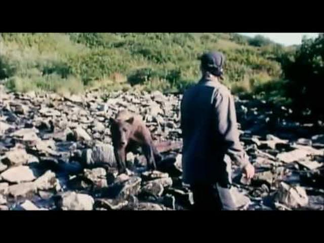 画像: Grizzly Man Trailer HD youtu.be