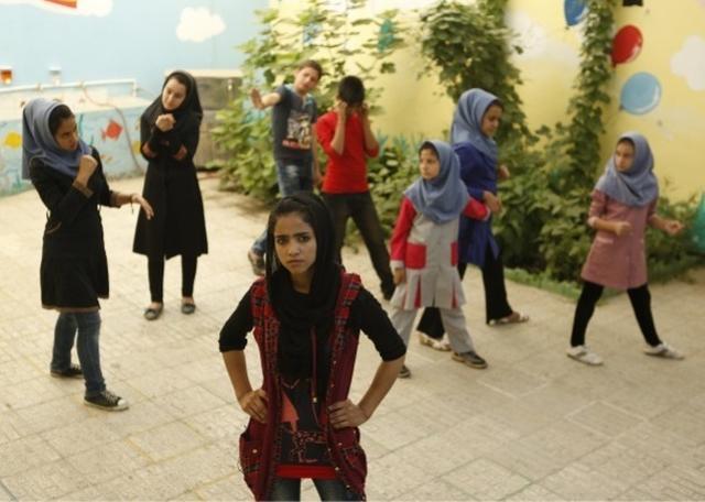 画像: 自分らしく生きるためラッパーになったアフガン難民少女についての映画『ソニータ』の劇場公開を応援ください!