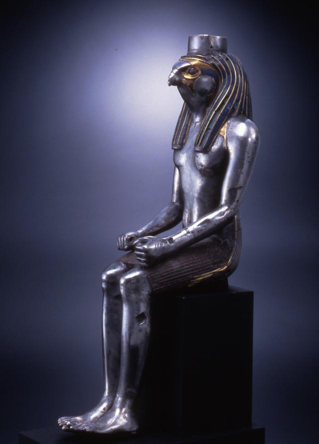画像: 「隼頭神像」(じゅんとうしんぞう) エジプト 第19王朝初期 B.C.1295-B.C.1213年頃 銀、金、ラピスラズリ、水晶、エジプシャン・ブルー 高41.9cm